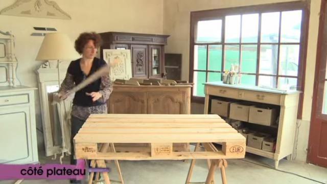 Tuto Video Creer Une Table Basse Depuis Une Palette De Chantier