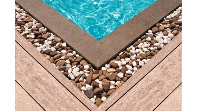 Bien aménager le bord de sa piscine Nantes. Jardineries et ...